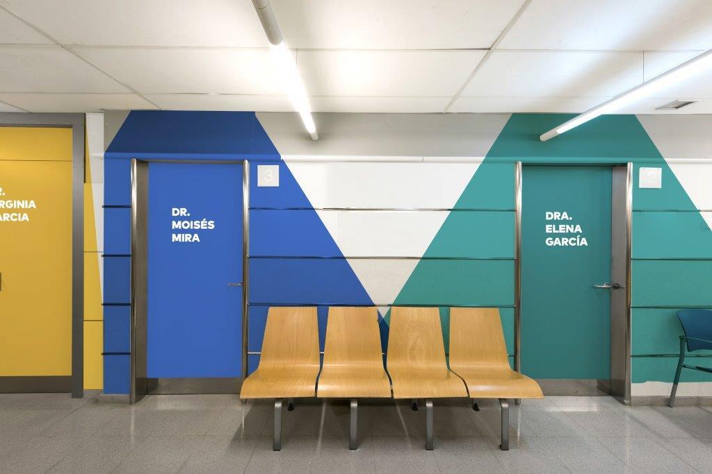 Damos color al hospital Arnau de Vilanova gracias a Lara Costafreda.