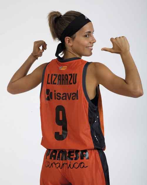 Marina Lizarazu - Valencia Basket Club Femenino - Patrocinado por Pinturas Isaval
