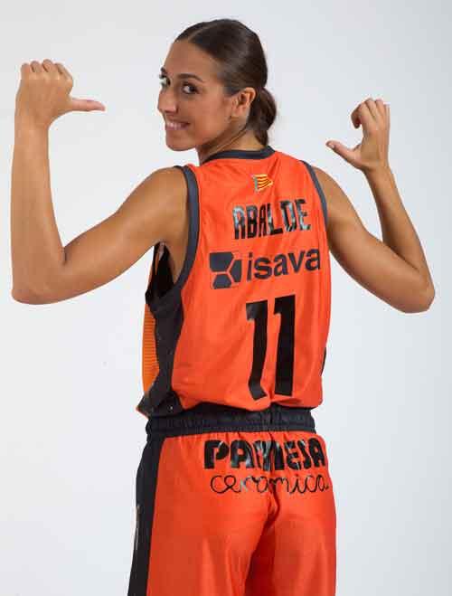 Tamara Abalde - Valencia Basket Femenino - Patrocinado por Pinturas Isaval.