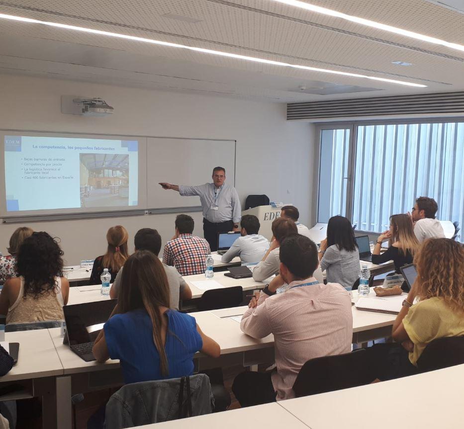 Francisco Vallejo imparte en EDEM sesión de formación sobre Gestión Comercial en el EMBA.