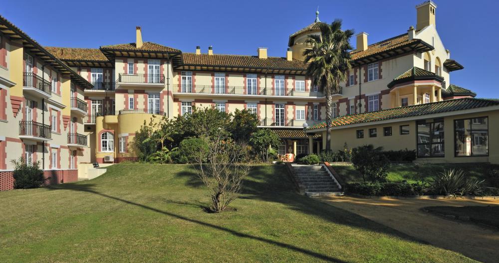 Rehabilitación Hotel Reina Cristina (Algeciras) con Productos Isaval