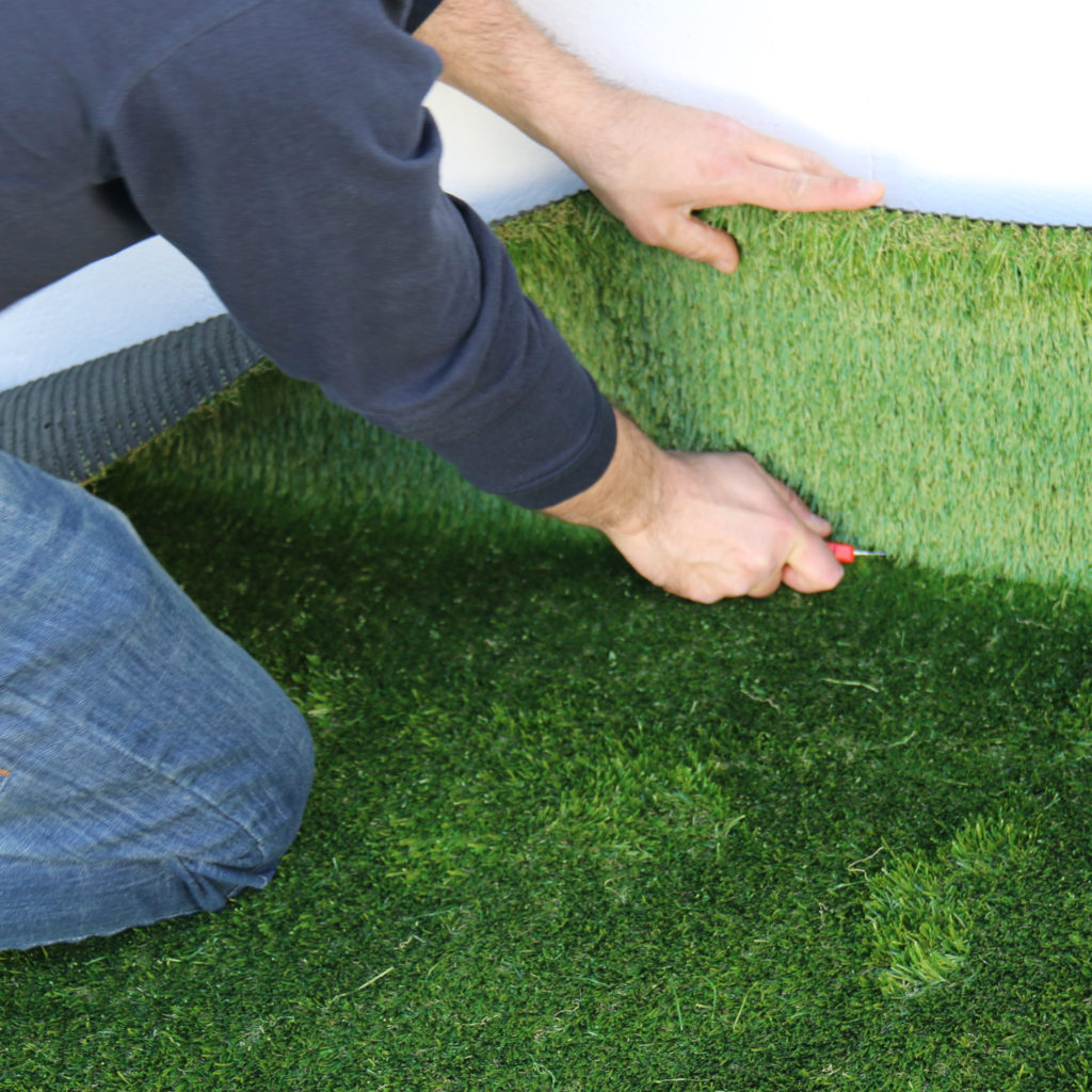 Instalar paso a paso cesped artificial isaval isaval for Colocar cesped artificial sobre tierra