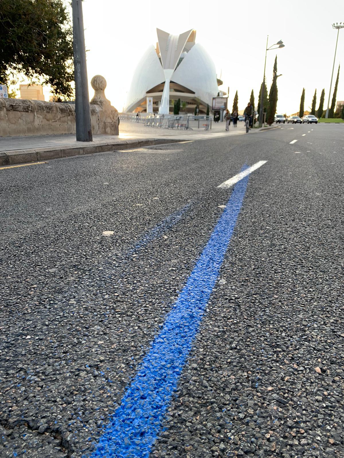Línea maratón Valencia pintada por isaval