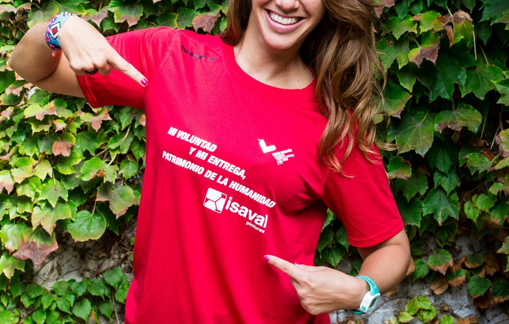 Los voluntarios del Medio Maratón Valencia patrocinados por Pinturas Isaval.