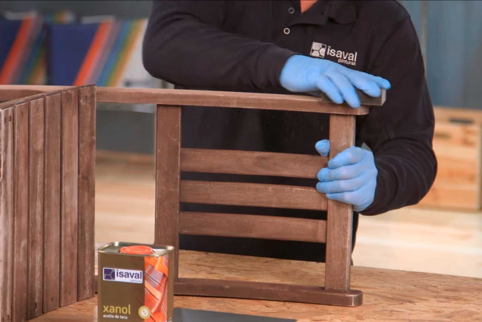 proteger mueble jardín xanol teca aceite